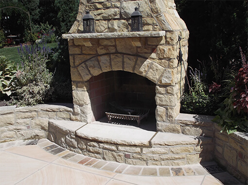 Outdoor Fireplace Masonry in Pittsburgh