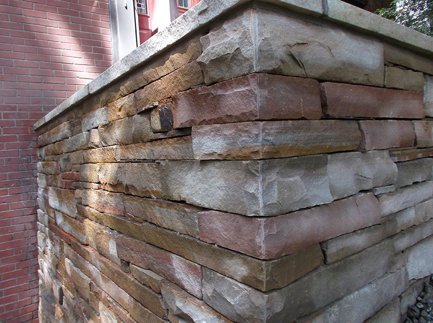 Natural-stone-retaining-wall-19