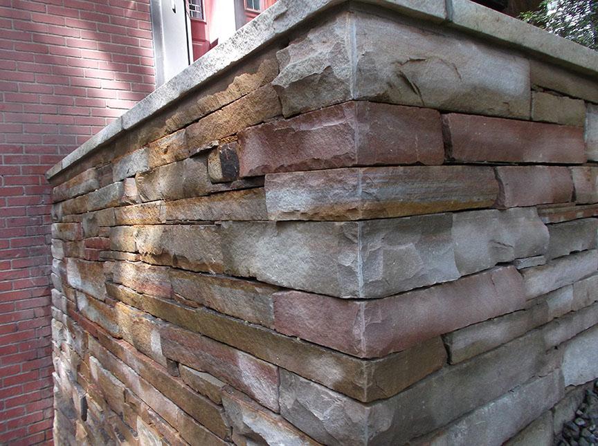 Natural-stone-retaining-wall-19