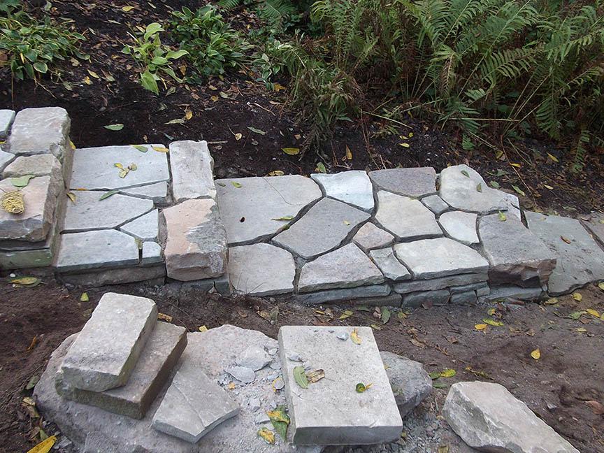 Natural-stone-retaining-wall-6