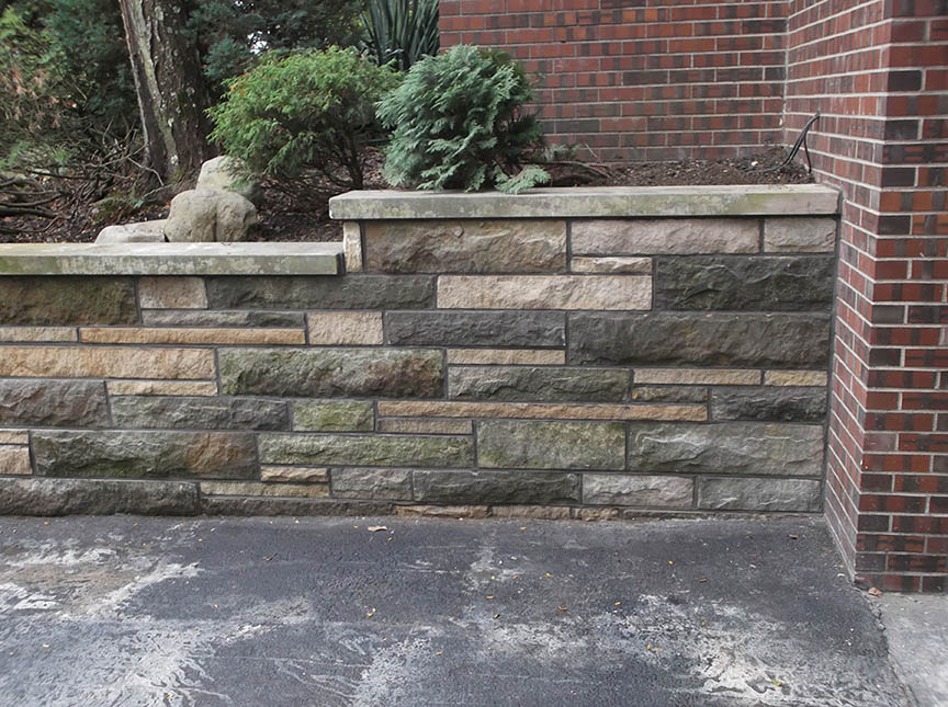 Natural-stone-retaining-wall-8