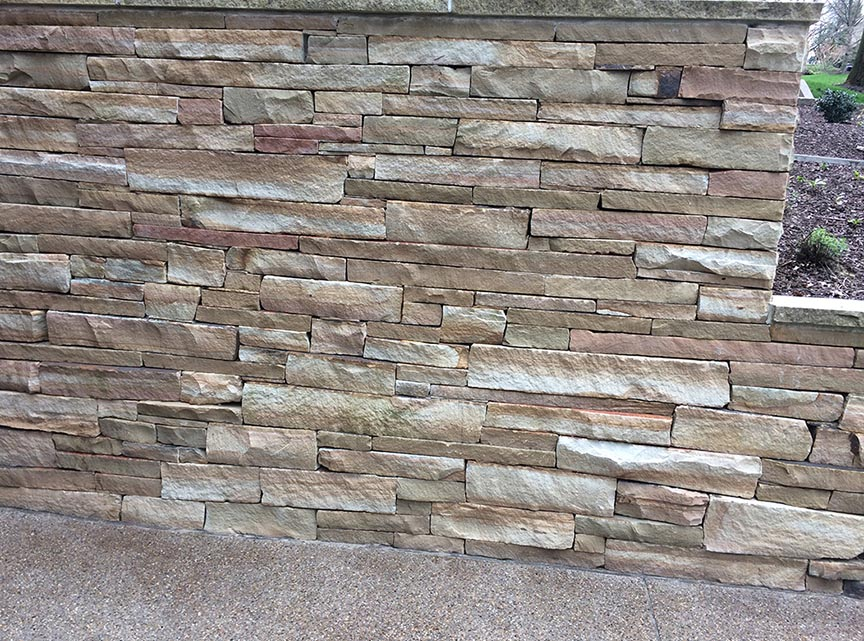 Natural-stone-retaining-wall-9