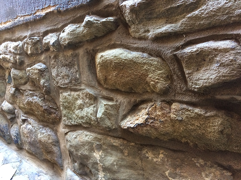 Natural-stone-home-7